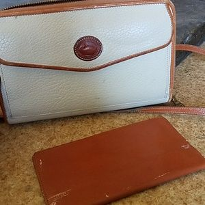 Vintage 90s Dooney Bourke  wallet travel crossbody